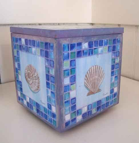 Shell Box (removable lid) – Decoupage by Barby Almy