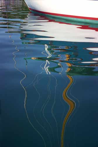 http://www.beachstreetstudios.com/artists/barby-almy/miscellaneous/reflections-from-my-kayak-by-barby-almy/